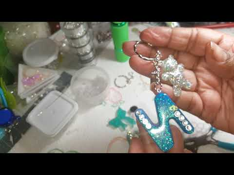 Resin keychain tutorial