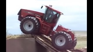 biggest CASE tractor accident, amazing tractor stuck in mud, Agriculture equipment accident React