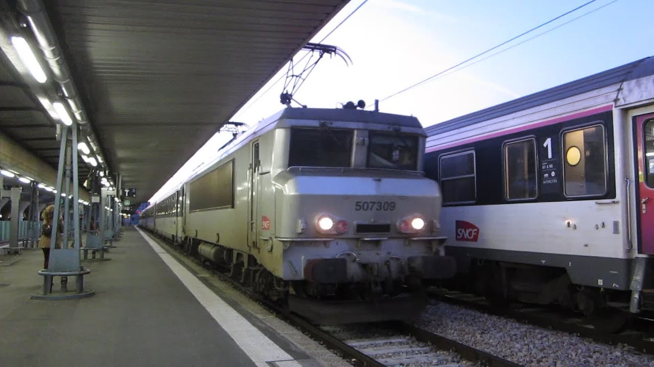 Paris austerlitz bb7300 arriv e ic de nuit n 3970 3730 for Train tours paris austerlitz