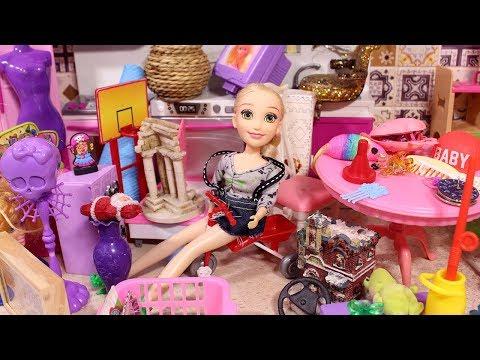 МАША БАРАХОЛЬЩИЦА / Играем в куклы Мама Барби