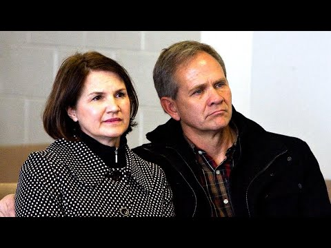 Elizabeth Smart's Dad Struggled to Tell His Wife He's Gay from YouTube · Duration:  2 minutes 21 seconds