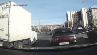 Танцующий автомобиль | Dancing Car(Видимо кто-то дурачится или снимает порно. :D., 2012-04-17T00:20:52.000Z)