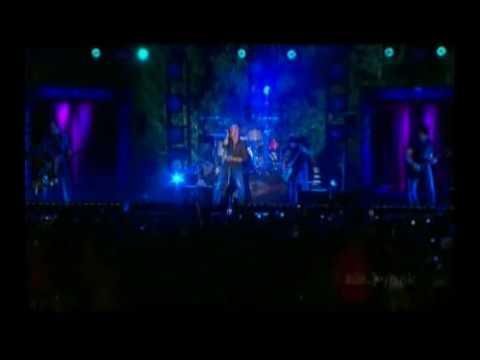 Daughtry - Crashed - Live