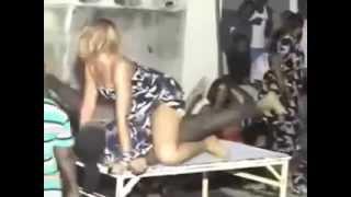 """Danse de la séduction en Afrique """"African Sexy Dance"""""""