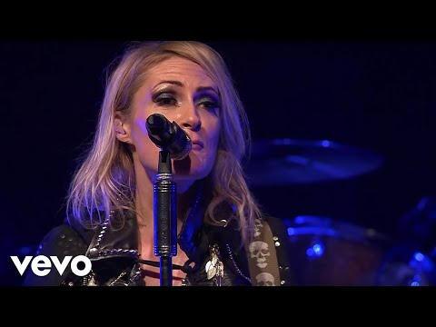 Metric - Gold Guns Girls w/ Combat Baby Intro (Live on the Honda Stage)