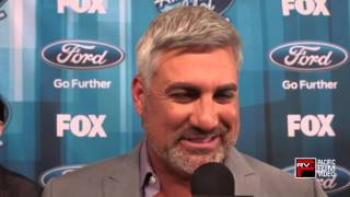 Taylor Hicks says the Grey With Stay and talks new foodie show