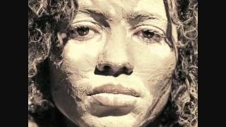 Nneka ~ Restless