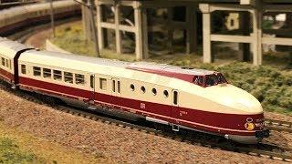 "DR Dieseltriebwagen BR175 (ex VT18.16) ""Vindobona"" Modellbahn in Spur N, lief im ""Hobby-Center KATO"""