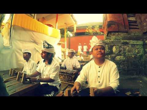 Selonding [ Karya Pura Gunung Jimbar Beng, Gianyar, Bali]