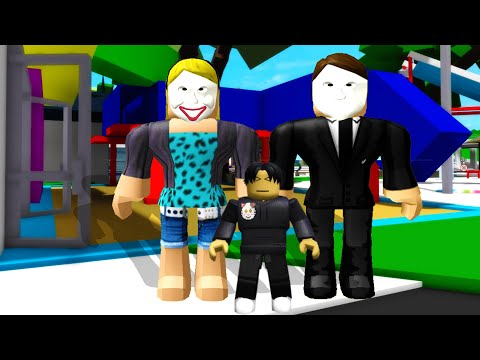 I got ADOPTED by STALKER PARENTS in Roblox BrookHaven