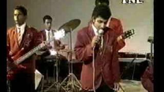 Gambar cover Api Nodanna Live Podi Malli with Bathiya-1995
