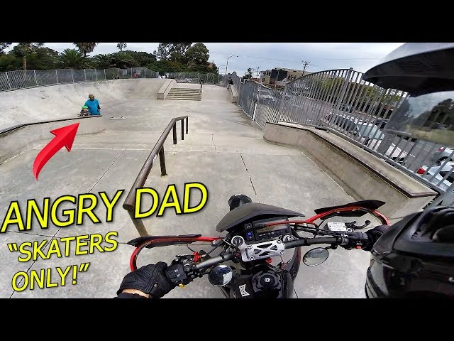 SUPERMOTO TRICKS AT THE SKATEPARK!!