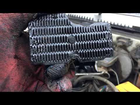 ваз 2109 весь двигатель в масле.решаем проблему.