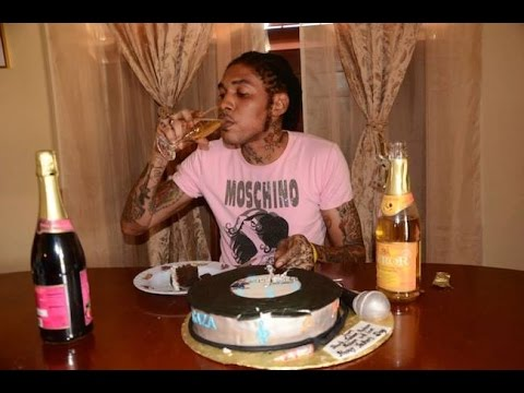 Vybz Kartel - Hold It (Audio)