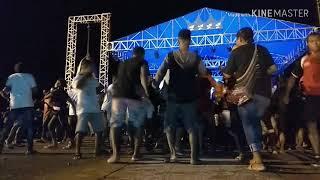 Lentur dan lincah goyangan asik anak papua di acara panggung festival pesona bahari raja ampat2018
