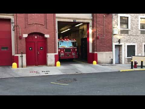 FDNY ENGINE 88 RESPONDING FROM QUARTERS ON BELMONT AVENUE IN THE BELMONT AREA OF THE BRONX, NYC.