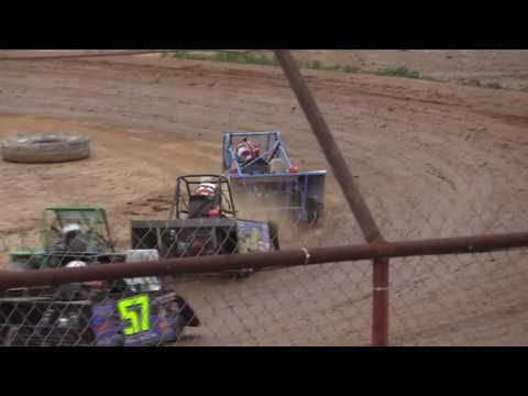 MINI WEDGE FEATURE #1 FROM LEGENDARY HILLTOP SPEEDWAY 5-20-2016