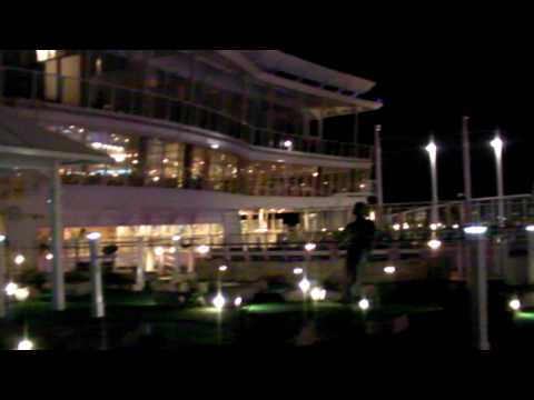 Oasis Of The Seas 610.MP4