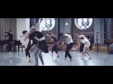 Séquence de danse jubilatoire !!!  Exhilarating dance mashup!!!