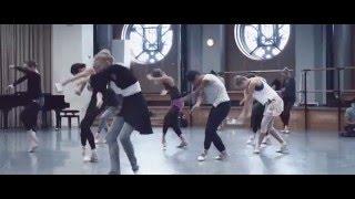 Séquence de danse jubilatoire !!! / Exhilarating dance mashup!!! (