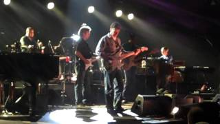 Play Dear Mr. Fantasy (Live From Madison Square Garden)