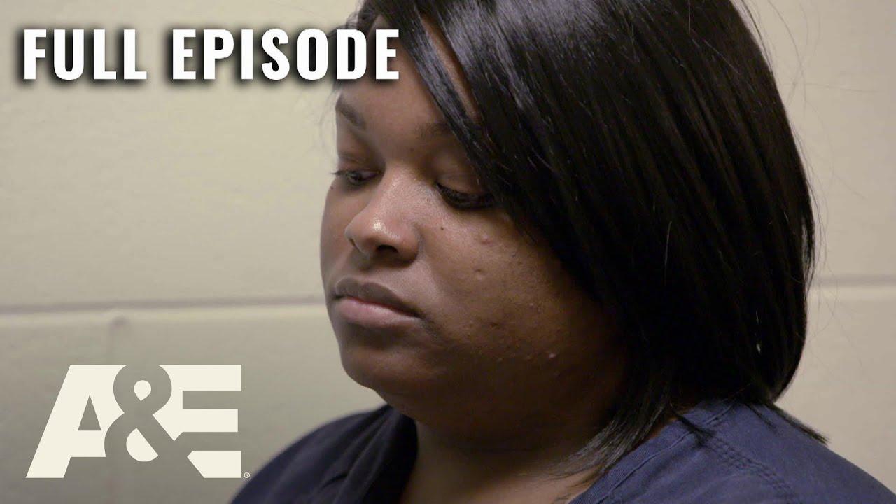 Download 60 Days In: Violent Fight in Women's Pod - Full Episode (S3, E4)   A&E