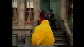 Sesame Street - Luis Hurts His Back