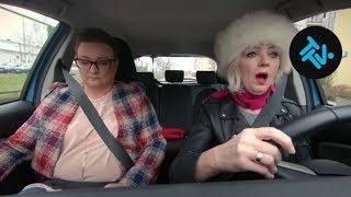 Pierwsza jazda Pani Krystyny! Na co dzień boi się nawet przejść przez pasy! [Nauka jazdy]