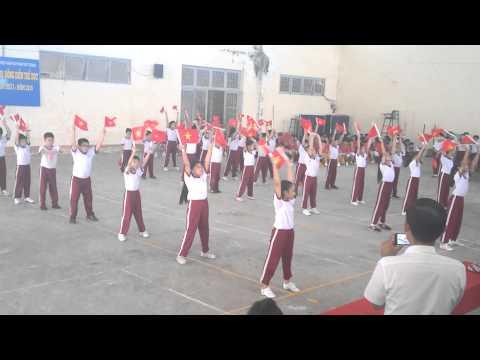 Đồng diễn thể dục lớp 3A