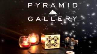 Pyramid-Gallery