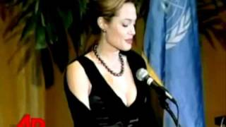 Angelina Jolie - A True Leader