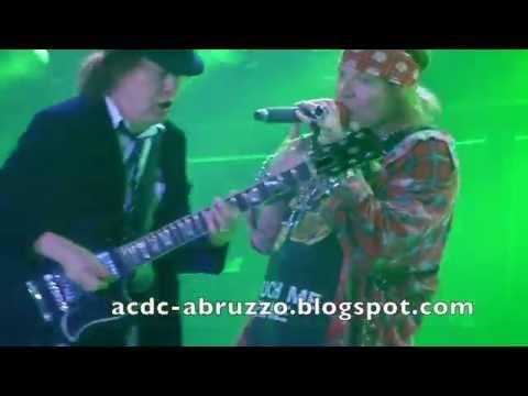 AC/DC and AXL ROSE - DIRTY DEEDS DONE DIRT CHEAP - Düsseldorf 15 June 2016