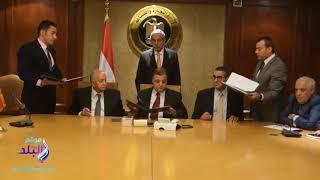 وزير الصناعة يشهد توقيع عقد إدارة شعار القطن المصري.. فيديو وصور