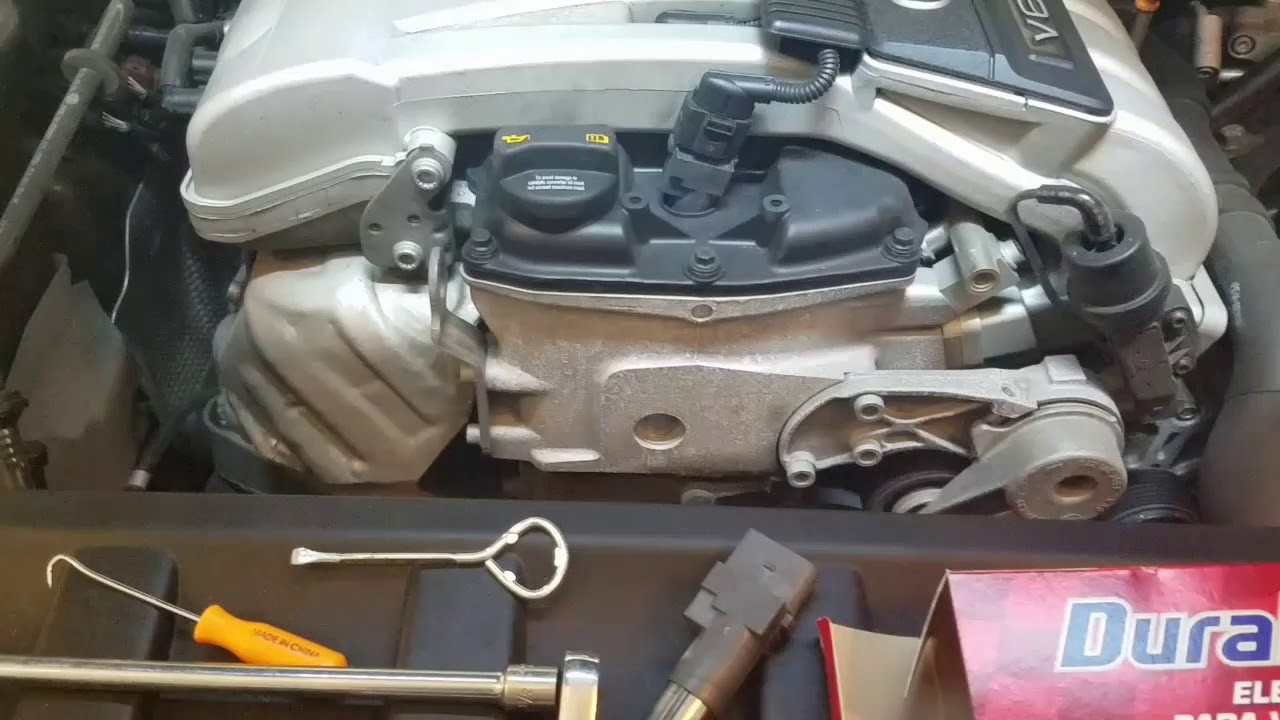 How to disconnect Ignition Coil Connector - Audi Q7 3 6L V6 Quattro SUV