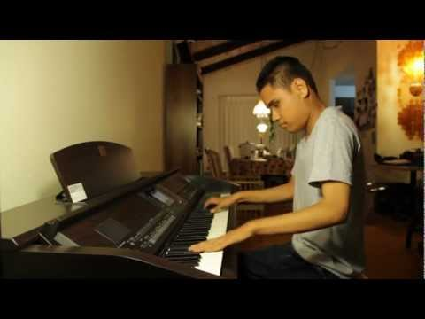 Gangnam Style - Kuha'o Case Blind Piano Prodigy Plays Gangnam Style After Hearing Song Twice