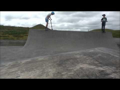 Angus Jones | chilled day at Barry Curtis Skatepark