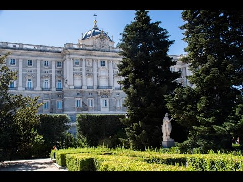 Madrid. King's palace and Cathedral