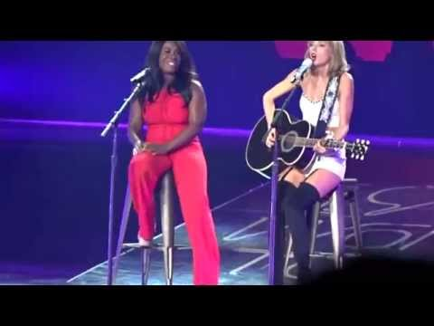 "Taylor Swift & Uzo Aduba - ""White Horse"" Live in Los Angeles, CA"