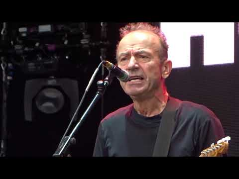 Hugh Cornwell - Golden Brown @ let's rock the moor, cookham 2019