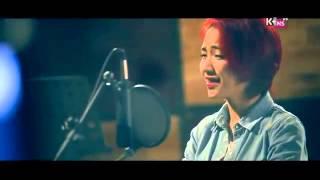 """Nghe Hòa Minzy cover """"Chiếc khăn gió ấm"""" tặng Công Phượng"""