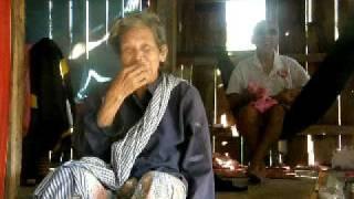 Cambodian Traditional Flute Tune.AVI