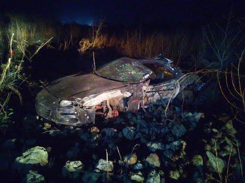 Accidente Arrancones 1/4 de milla Tixkokob Yucatán Camaro z28 Vs jeep cherokee SRT8