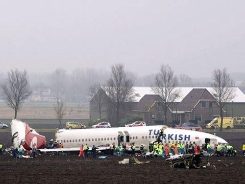 Turkish Airlines Boeing 737-800 Crash Amsterdam Airport Schiphol [DUTCH SUBTITLES]