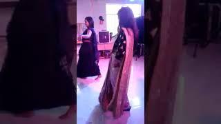 Baixar कालेज के टीम की fresh पार्टी डांस