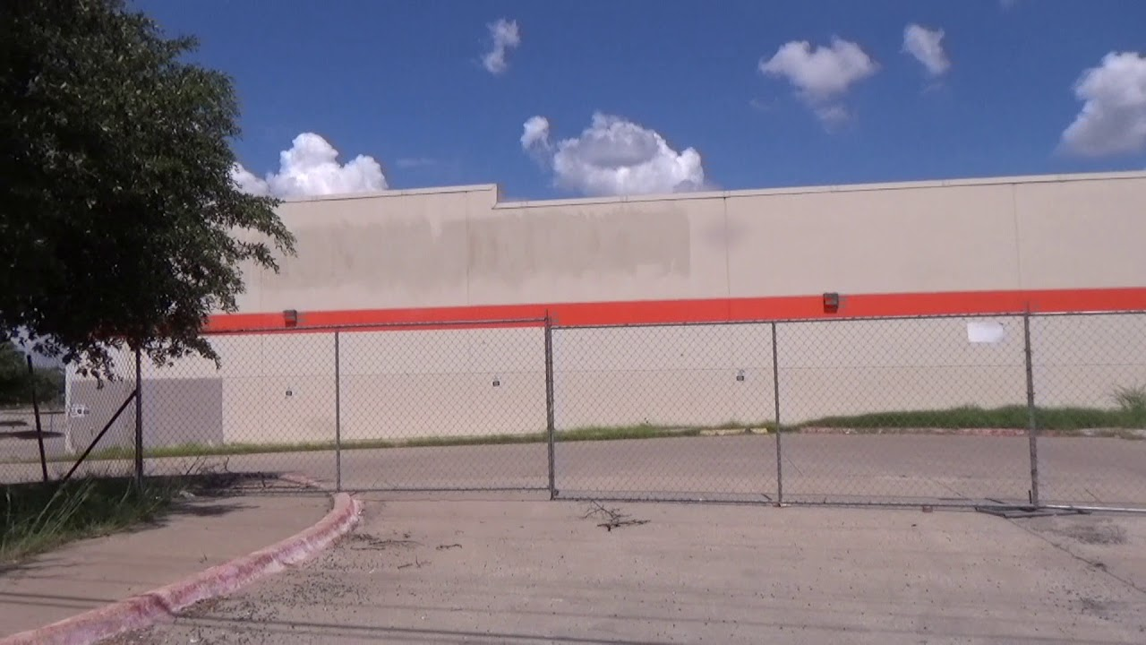 Former Home Depot Building In Austin Texas May See New Life Youtube