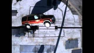 2007 Ford Expedition 30 Mp/h Corkscrew Rollover Test (Half Roll - Severe Roof Crush)