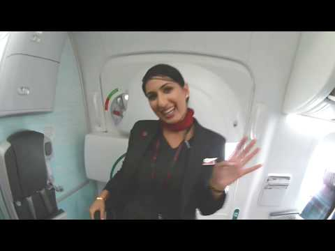 INDIA TO CANADA I Vancouver I  Toronto. Air Canada Service ..is It Bad?? .