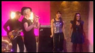 "Annie Lennox ""Shining Light"" Live on ITV This Morning"