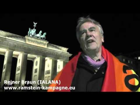 Reiner Braun vor Ort: Kein Bundeswehreinsatz in Syrien - Demo 03.12.2015 Berlin