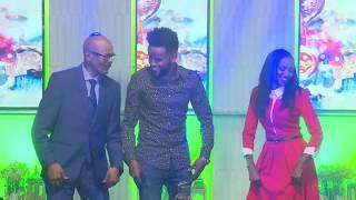 ኤርትራዊ ሙዚቀኛ ኢሳያስ አፈወርቂ የኤርትራ ሙዚቃዉን በእሁድን በኢቢኤስ/Sunday With EBS Eritrean Singer Esayas Afeworki